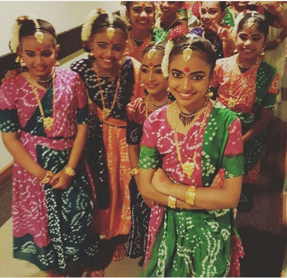 Indian Dance - Group Photo 01