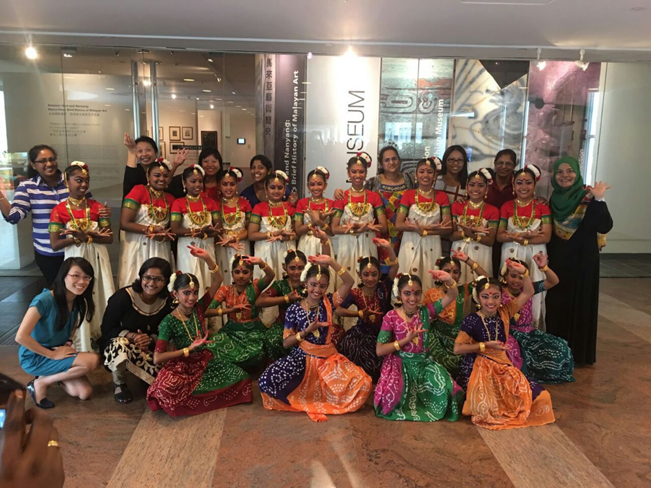 Indian Dance - Group Photo 03
